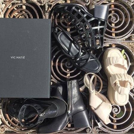 #scarpe ?  #vicmatie #sandali #zeppe #mules #madeinitaly #messina #fashion #luxurylifestyle #street #4piazzafulci